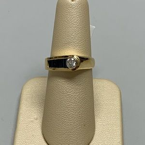 Jewelry - 14K Yellow Gold Sapphire and Diamond Ring Size 6